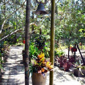 Swan-Lake-Gardens-img (84)